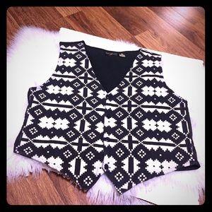 🦋2/$10 3/$15 4/$18 5/$20 Vintage Cotton Vest